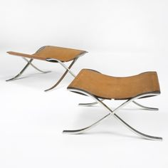 :: Ludwig Mies van der Rohe, Barcelona stools ::