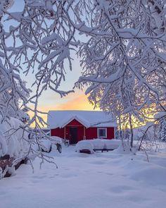 ❄ 🏡 ☀ Kiruna Swedish Lapland // Photography by Travelin'man Turkey (@onderkoca)