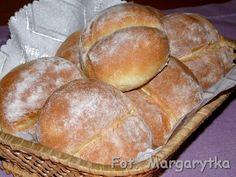 Kulinarne Szaleństwa Margarytki: Bułki wrocławskie czyli popularne bułki z przedziałkiem Pizza Rolls, How To Make Bread, Menu, Baking, Menu Board Design, How To Bake Bread, Bakken, Backen, Sweets