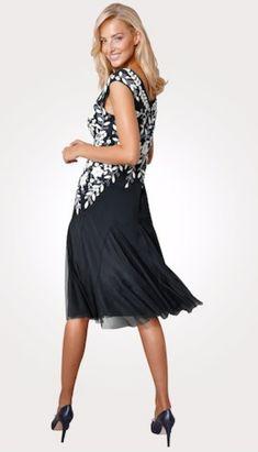 Erhältlich im online shop von mona.de mit 5% Cashback für KGS Partner Im Online, Mona, Formal Dresses, Shopping, Fashion, Fashion Women, Woman, Gowns, Dresses For Formal