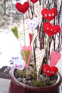 The Red Headed HostessValentine Sticks - The Red Headed Hostess