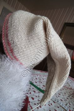 tuto gratuit layette: bonnet lutin taille 3 mois