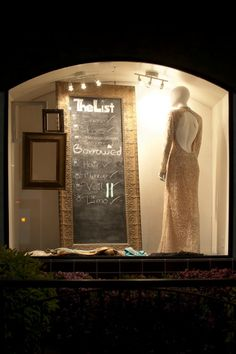 10 tips for grabbing the attention of passerby with your window displays