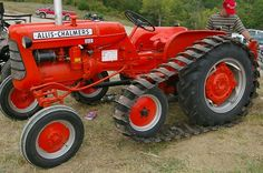 1959 Allis Chalmers D 12 on tracks