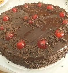 Απίθανη, καλοφτιαγμένη τούρτα σοκολατίνα Cake, Desserts, Food, Tailgate Desserts, Deserts, Kuchen, Essen, Postres, Meals