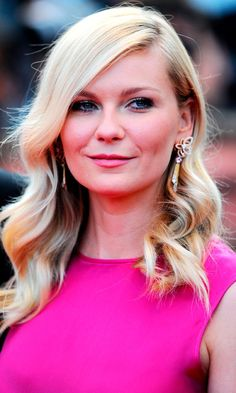 Kirsten Dunst At Cannes Film Festival 2012-Love those earrings!