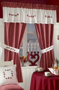 Country style curtain very nice in the kitchen feel warmth Country Style Curtains, Country Decor, Kitchen Curtains, Drapes Curtains, Cortinas Country, Rideaux Shabby Chic, Red Cottage, Red Home Decor, Red Kitchen