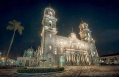 Vista nocturna Catedral de Córdoba , Veracruz México