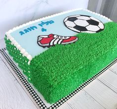 Birthday Cake Video, Soccer Birthday Cakes, Soccer Cake, Soccer Theme, 9th Birthday Parties, Cake Decorating Frosting, Birthday Cake Decorating, Football Themed Cakes, Ocean Cakes