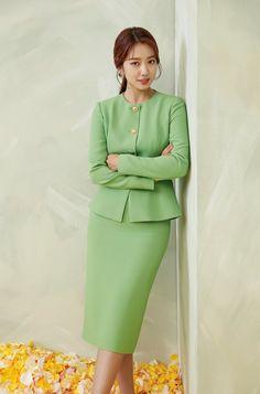 Diy Fashion Hacks, Fashion Outfits, Fashion Tips, Jay Park, Park Shin Hye, Seohyun, Office Looks, Spring Collection, Korean Actors