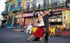 Tango dancers. La boca, Buenos Aires, Argentina