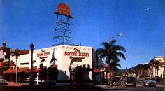 Beverly Hills Brown Derby, Wilshire Blvd & Rodeo Drive 1955