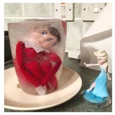 It's that time of the year again... when Elf on the shelf completely takes over the internet! Check out some of our FAVORITE Elf on the Shelf ideas from the first 10 days December!