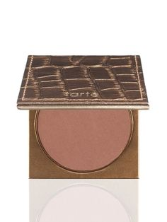 The BEST bronzer ever! A longwearing, waterproof, mineral-based bronzing powder infused with Amazonian clay for a healthy, natural looking glow.