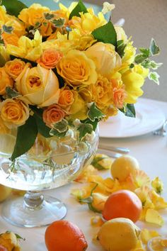 結婚式・披露宴のテーブル装花(イエロー(黄色)系) - NAVER まとめ