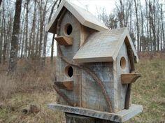 Pallet Birdhouse Idea