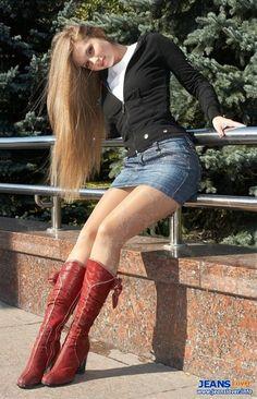 leather feather beauty jeans sexy nice body shape golden hair bravo brand denim worn design car window 3188 jpg