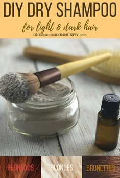 best dry shampoo recipe -- adds volume to hair, gives instant lift to roots, & it smells amazing! customize for blondes, brunettes, & redheads dry shampoo Beauty Care, Diy Beauty, Beauty Hacks, Beauty Skin, Beauty Ideas, Beauty Secrets, Homemade Beauty, Beauty Guide, Face Beauty