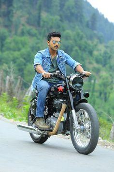 Charan's Bullet riding photo going viral New Photos Hd, Ram Photos, Cover Photos, Actor Picture, Actor Photo, Bollywood Couples, Bollywood Actors, Dhruva Movie, Telugu Hero
