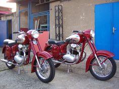 Enfield Motorcycle, Motorcycle Rallies, Motorcycle Clubs, Motorcycle Design, Vintage Bikes, Vintage Motorcycles, Cars And Motorcycles, Scooters, Moto Collection
