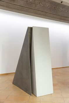 GIUSEPPE UNCINI Ombra di piramide T. 28