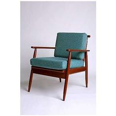 Mid century modern chair | | View more on http://www.etsy.com/shop/MidCenturyAccents