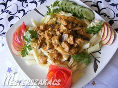Zöldborsós-gombás sertésragu Penne, Bacon, Pork, Mexican, Meat, Chicken, Ethnic Recipes, Kale Stir Fry, Pork Chops