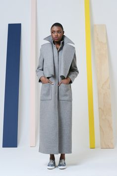 Love this coat: Rosie Assoulin Fall/Winter 2014 Trunkshow Look 12 on Moda Opera Architecture Origami, Image Mode, Trend Council, Fashion Articles, Fall Winter 2014, Fall 14, Winter Season, Fashion Show, Fashion Design
