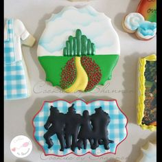 Close ups of my favorite cookies from the Wizard... - Cookies by Shannon