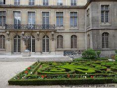 Innenhof des Carnavalet Museum in Paris