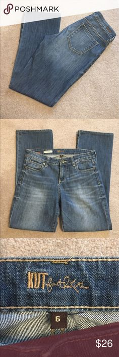 "KUT from the kloth Farrah Bootcut. Size 6. Inseam 28.5"" Kut from the Kloth Jeans Boot Cut"