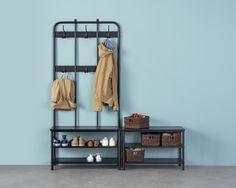 PINNIG bank met schoenenrek | IKEAcatalogus nieuw 2018 IKEA IKEAnl IKEAnederland hal opruimen schuur zolder slaapkamer studio PINNIG kapstok met bank jassen  GRUA spiegel