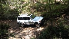 1997 Toyota Land Cruiser off road entering a cave Daniel Boone National Forrest Kentucky. Land Cruiser Fj80, Toyota Land Cruiser, 4x4, Offroad, Kentucky, Cave, Off Road, Caves