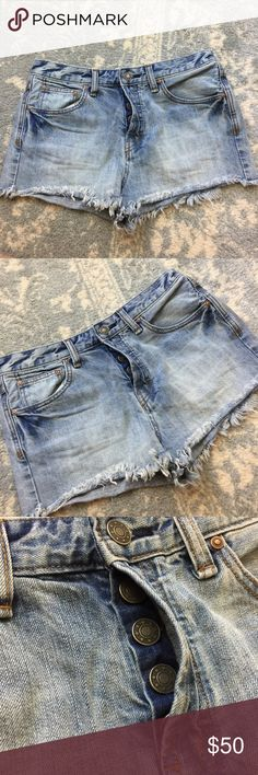 Free People Light Button Fly High Waist Cut Offs Free People Shorts with Cut Off hems and a Button fly. New like worn twice! Free People Shorts Jean Shorts