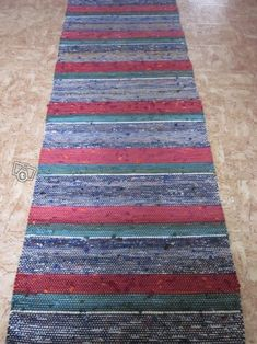 Räsymatto Scandinavian Rugs, Tear, Recycled Fabric, Rug Store, Woven Rug, Pattern Design, Bohemian Rug, Recycling, Projects To Try