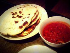 レシピとお料理がひらめくSnapDish - 19件のもぐもぐ - Tomato Curry - Naan by Daisuke