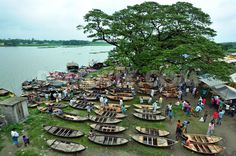 Historic boat market in Sonargaon | Demotix.com