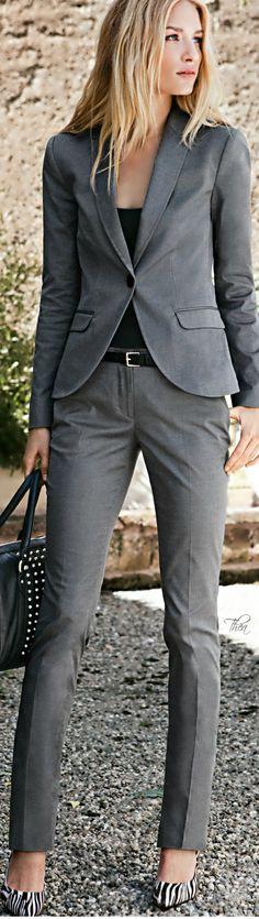kostium plus moje szare buty w maziaje H&M