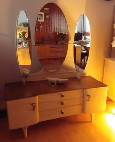 Retro Vintage dressing table hand painted