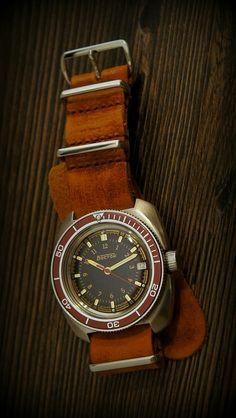 Vostok Amphybia mod with suede NATO strap. Cool Watches, Watches For Men, Vostok Watch, Gentleman, Watches Photography, Nato Strap, Vintage Watches, Seiko, Luxury Watches