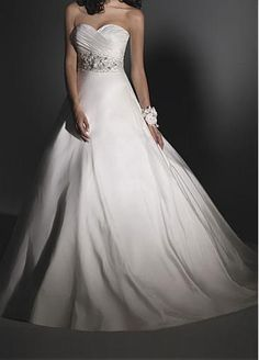Elegant Taffeta A-line Sweetheart Neckline Wedding Dress