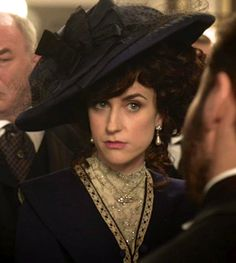 to ] Great to own a Ray-Ban sunglasses as summer gift.Katherine Kelly as Lady Mae Loxley in Mr Selfridge (TV Series, Edwardian Costumes, Period Costumes, Movie Costumes, Edwardian Era, Victorian Women, Katherine Kelly, Historical Costume, Historical Clothing, Historical Dress