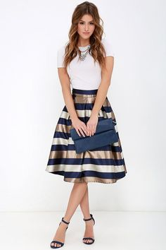 Midi Skirt Outfit, Skirt Outfits, Dress Skirt, Navy Skirt, Midi Skirts, Spring Work Outfits, Spring Dresses, Office Outfits, Mode Outfits