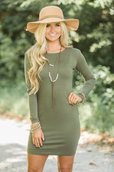 Discover boutique mini dresses for parties, dates, and just because. From cocktail dresses to casual frocks, Pink Lily has boutique dresses you'll love! Fall Winter Outfits, Autumn Winter Fashion, Spring Outfits, Fall Fashion, Boutique Party Dresses, Piko Dress, Casual Frocks, Cowgirl Dresses, Unique Fashion
