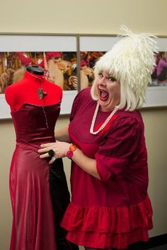 Photos posted from the second annual Chicago Red Dress Party. Joffrey Ballet, Ballet Studio, Dress Party, Studios, Chicago, Scene, Formal Dresses, Red, Photos