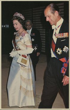 No.19 - Queen Elizabeth II., princ Philip - Japan, may 1975 | by Vintage Printery
