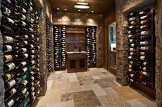 Милый уголок для хранения вина!