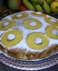 Torta all'ananas La torta all'ananas è un dolce sano, dall'impasto morbido e soffice! Ottima per uno spuntino durante la giornata!