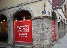 Réalisations Boutique Lyon, Facade, Glass Display Case, Applique Letters, Sign, Facades, Arbors
