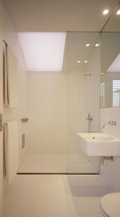www.firstbathrooms.co.uk Glass enclosure - shower tray spanning full width